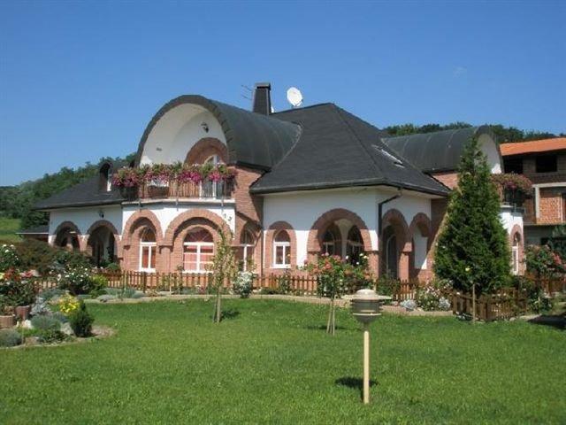 kuca-sveti-ivan-zelina-visoka-prizemnica-450-m2-slika-21777153